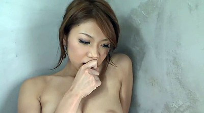 Japanese tits, Touch