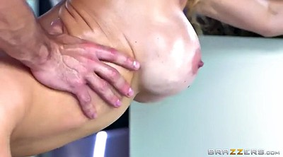 Alexis fawx, Housewife, Chubby mature, Cleaning