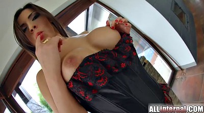 Beauty anal, International