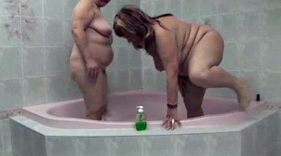 Hairy lesbians, Shower