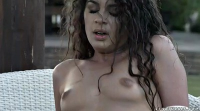 Outdoor, Curly