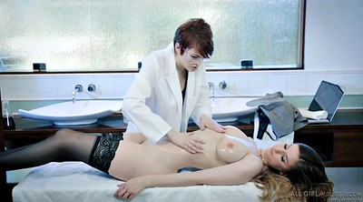 Lesbian massage, Oil massage