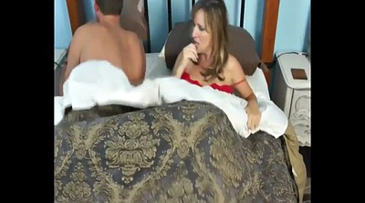 Milf son, Share bed