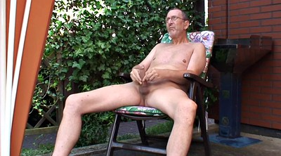 Granny solo, Gay outdoor