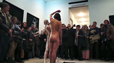 Nude, Paint
