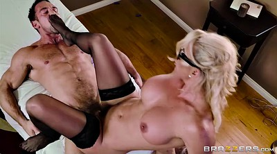 Phoenix marie, Treat, Hairy blonde