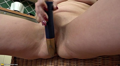 Huge dildo, Cougars