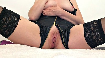 British milf, Squirts, Solo girl