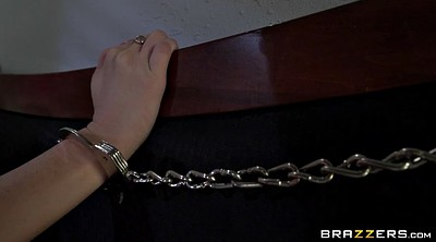 Handcuffed, Summer brielle, Bed
