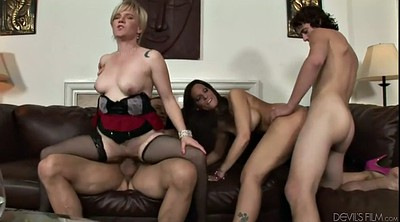 Swinger party, Group sex