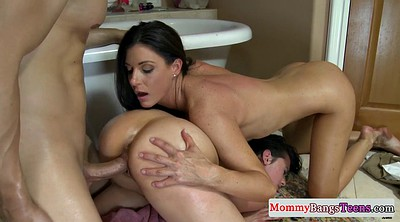 Mom threesome, Trios, Moms