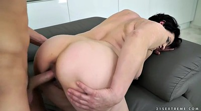 Licking pussy, Old pussy