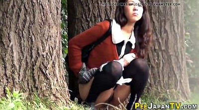 Voyeur peeing, Japanese outdoor, Spray, Japanese voyeur, Japanese outdoors