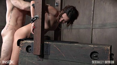 Slave girl, Scream