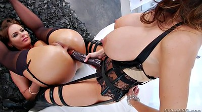 Mom anal, Lesbian mom, Ava addams, Anal mom, Voluptuous, With mom