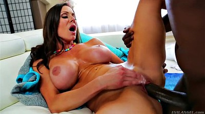 Kendra lust, Monster tits