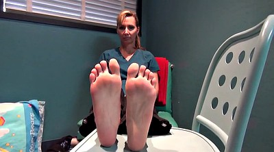 Mature feet, Granny feet, Footing