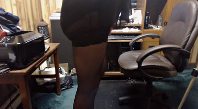 Pantyhose fetish, Crossdresser