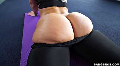 Yoga, Big ass solo