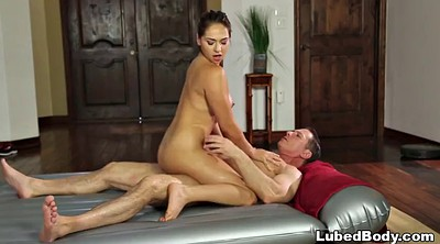 Sara, Wife massage, Make