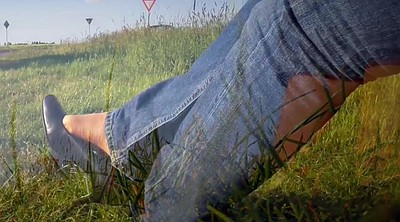 Jeans, High heels, Gay outdoors