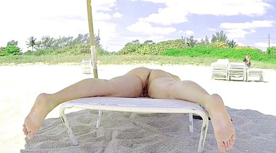 Beach, Showing pussy