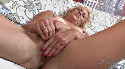 Casting mature, Saggy hairy