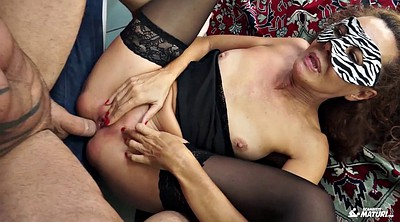 Old cock, Mature young