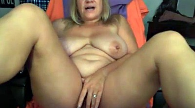 Moms, Mom masturbating