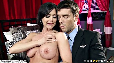 Kendra lust, Boy mature