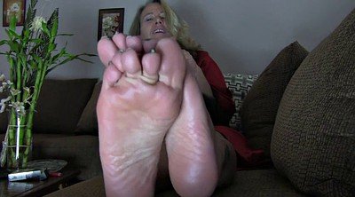 Mom foot, Mature foot, Mom feet, Mature feet