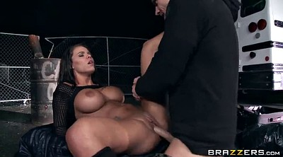 Beautiful, Peta jensen