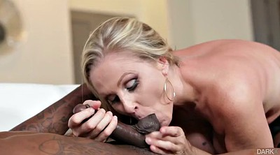 Julia ann, Monster