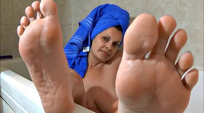 Bath, Milf feet, Mature feet