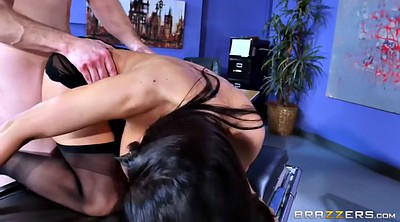 Ava addams, Cougar, Hairy pussy, Pussy licked, Magic, Chubby hairy