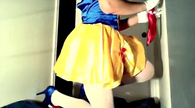 Friend, Snow white, Crossdresser