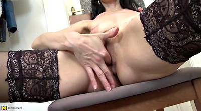 Young amateurs, Fuck mom