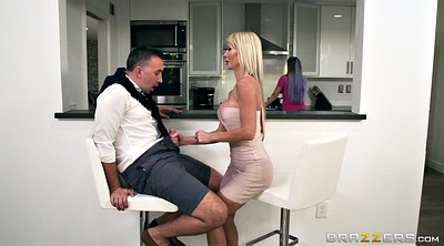 Tylo duran, Blonde blowjob