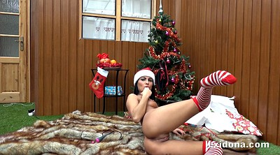Solo shaved fingering, Christmas