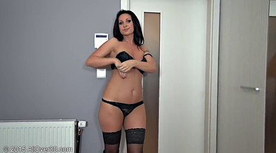 Stockings milf, Milf stockings