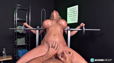Workout, Holly halston