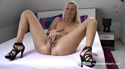Mom, Squirting, Mature solo, Solo squirting, Squirting mature, Squirt solo