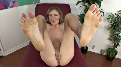 Alison, Teen foot