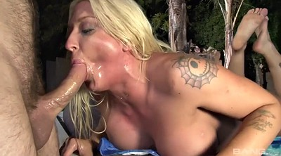 Outdoor, Milf orgasm, Fingering and licking, Falcon