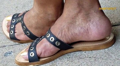 Candid, Mature foot, Mature feet