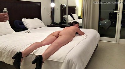 Curvy, Wife dildo