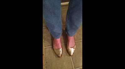 Shoe, Mature milf