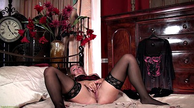 Fingers solo hd, Big solo, Sexy lingerie, Older woman, Bedroom