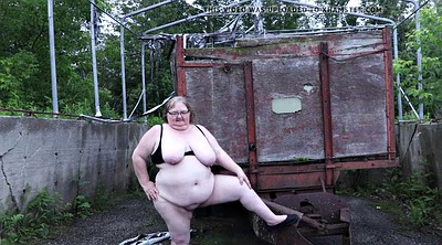 Water, Bbw outside