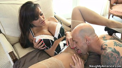 Lisa ann, Busty mom